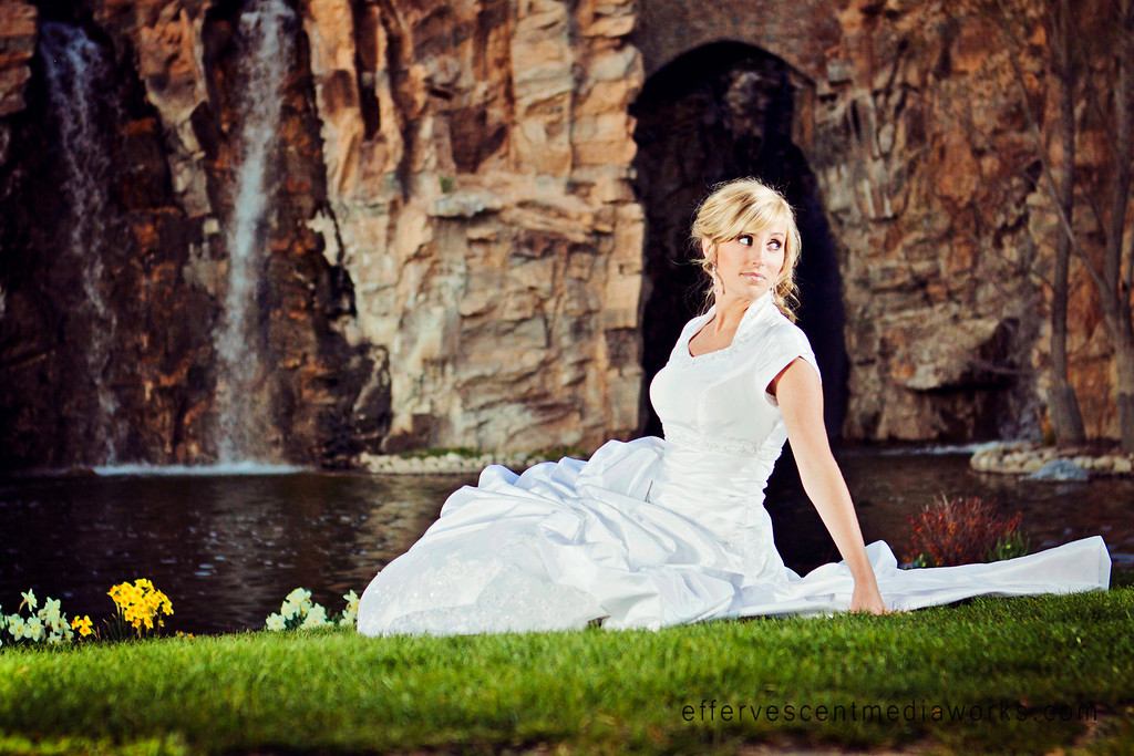 wedding photography utah, wedding photographers in utah, ut bridals, portrait photographers slc, thanksgiving point, rebecca mabey, effervescentmediaworks, effervescent photography, slc wedding photography